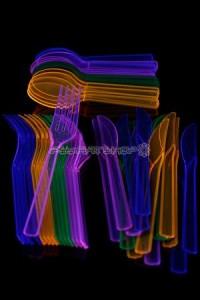 couverts-fluo-multicolore-fourchette-couteau-cuilliere-bar-fluo